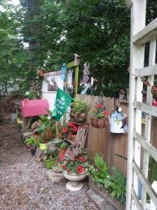 random yard potting area 140