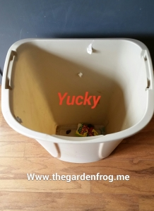 plastic garbage can makeover,