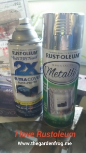 Rustoleum spray paint, plastic garbage can makeover