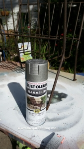 Rustoleum Hammered spray paint